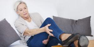 علت خستگی پاها از زانو به پایین