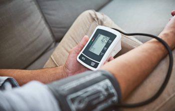 فشار خون ناشی از تنگی شریان کلیه